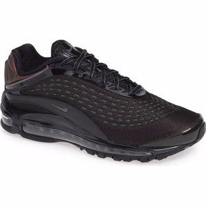 NIKE Men's Air Max Deluxe Sneaker Black/ Dark Grey